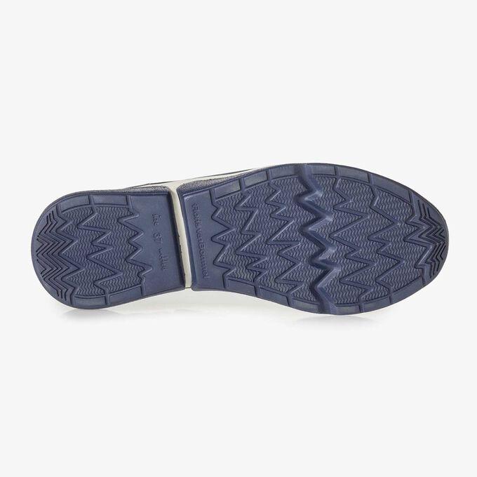 Blauwe suède sneaker met snakeprint