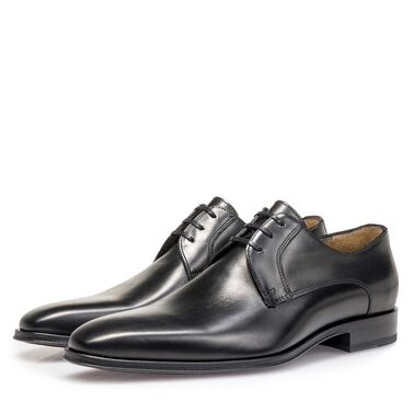 Italian calf leather lace shoe