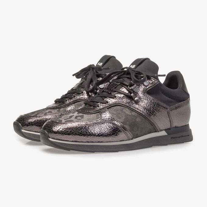 Donkergrijze leren sneaker met metallicprint