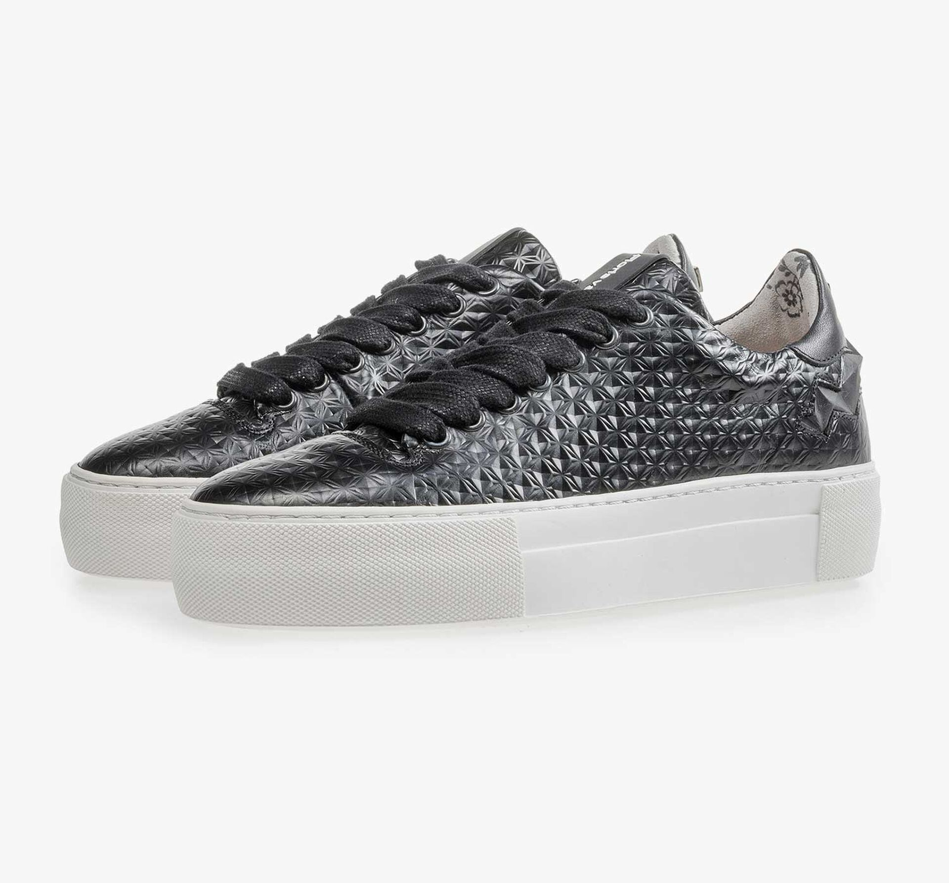 Black patterned leather sneaker