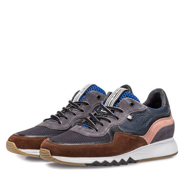 Leather 'Nineti' sneaker