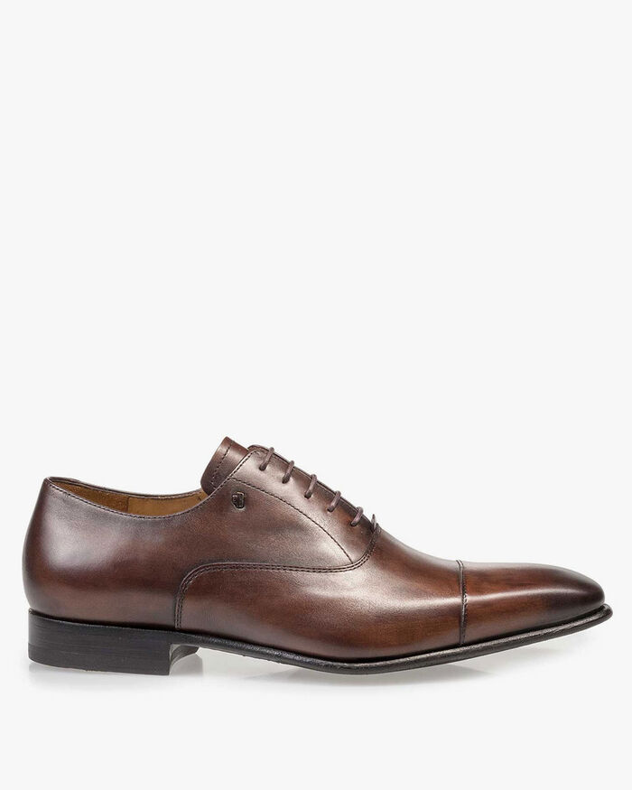 Dark brown calf leather lace shoe