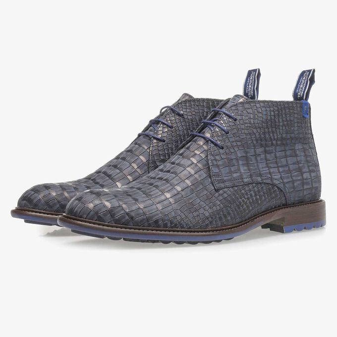 Dark blue nubuck leather lace shoe with croco print