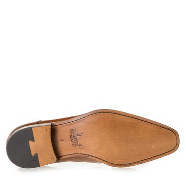 Calf leather buckled shoe
