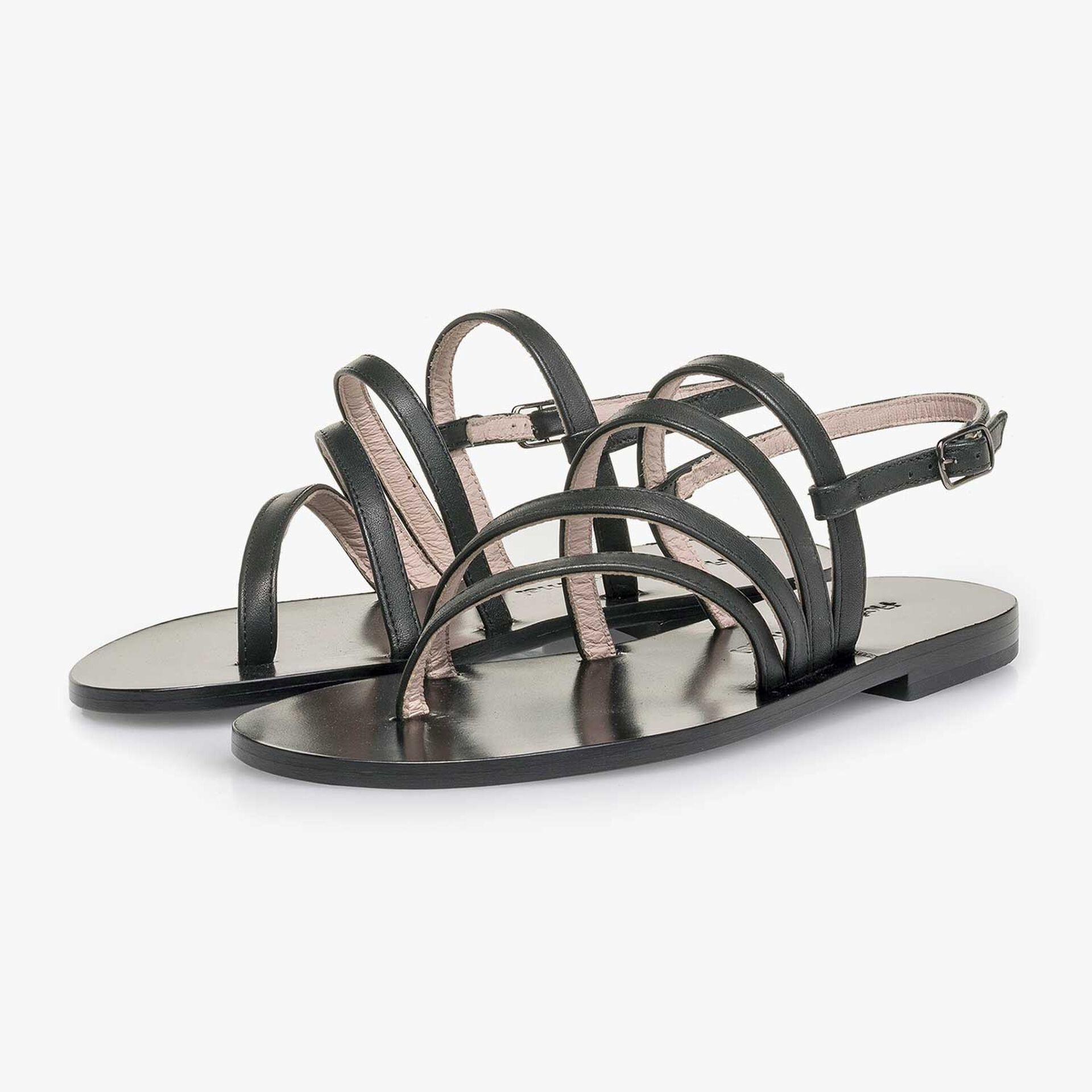 Zwarte kalfsleren sandaal