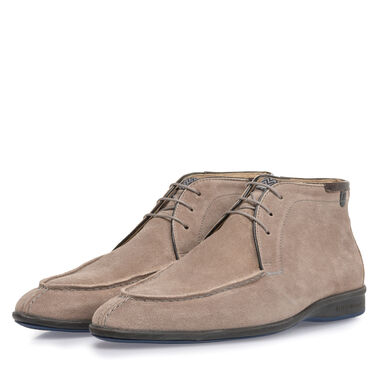 Boot suede leather