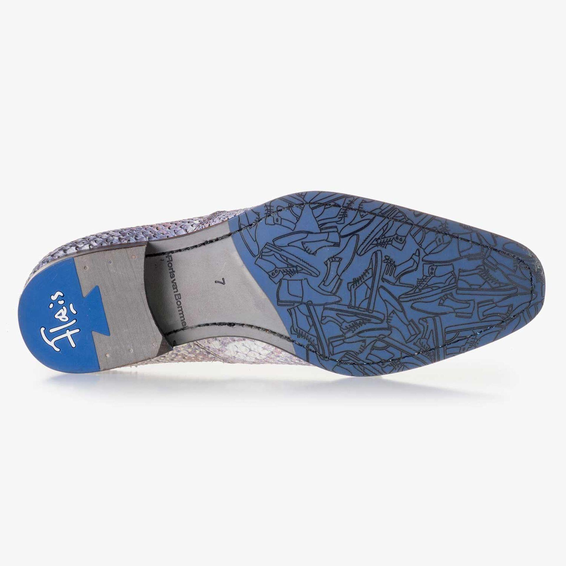 Premium blauwe chelsea boot met snakereliëf