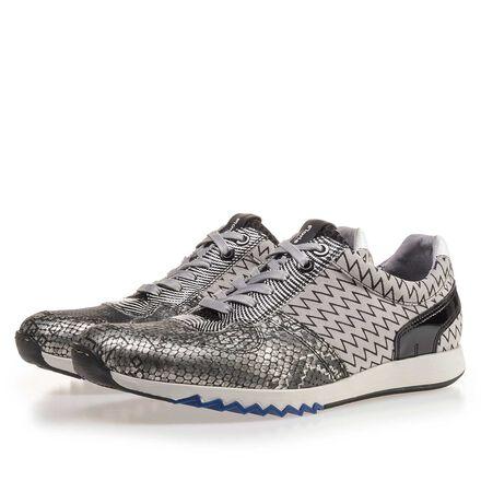 Premium sneaker with print