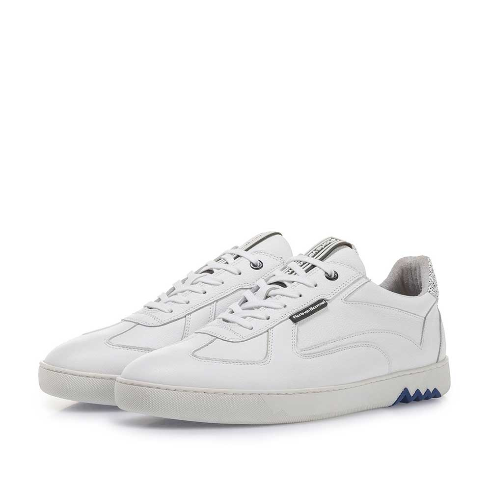 16342/27 - White calf leather sneaker with fine structure