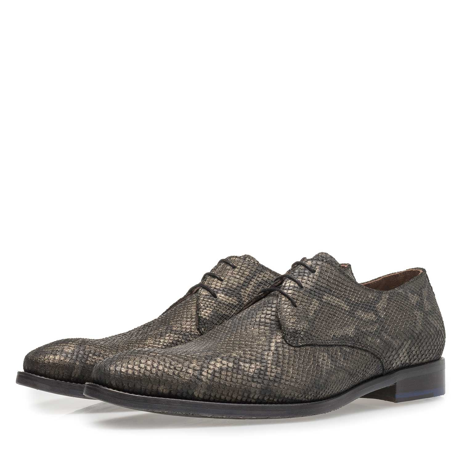 18124/00 - Lace shoe with olive green snake print