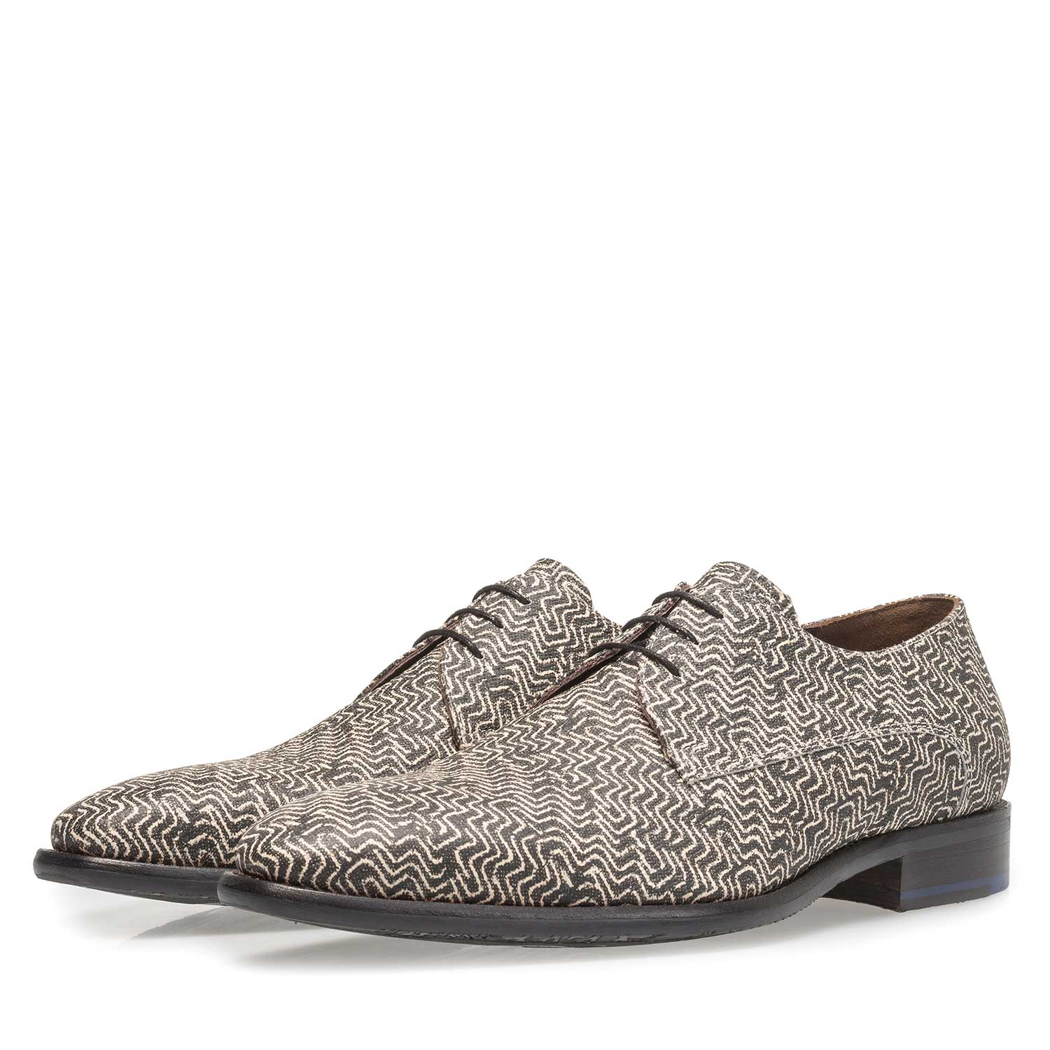 18146/01 - Grey leather lace shoe with graphic print