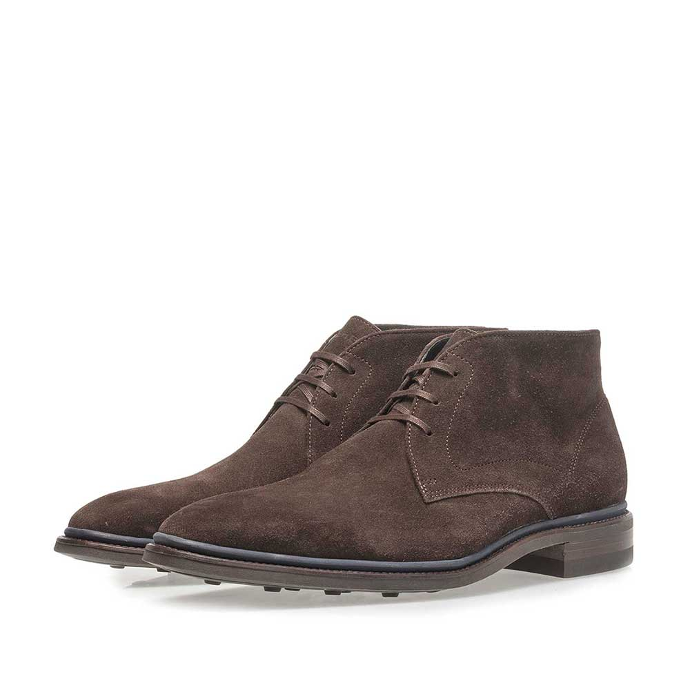 10667/06 - Dark brown suede leather lace boot