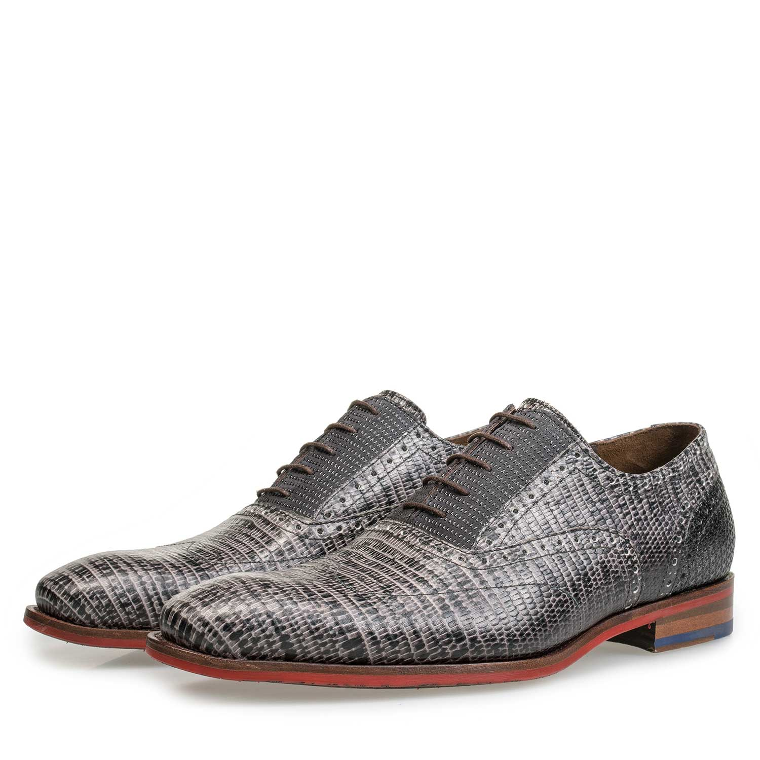 19114/32 - Grey lace shoe with lizard print