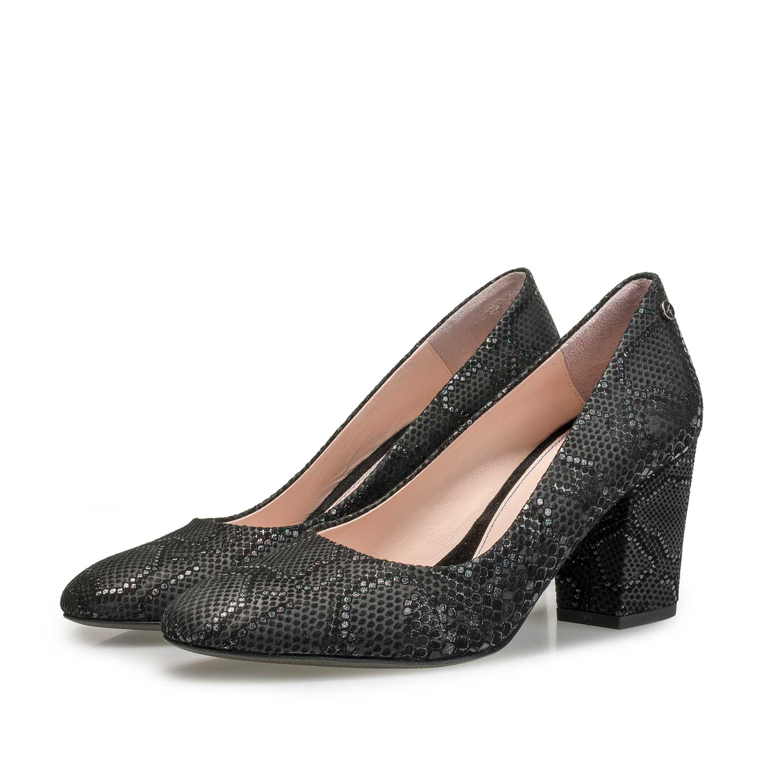 85507/00 - Black leather high heels with snake print