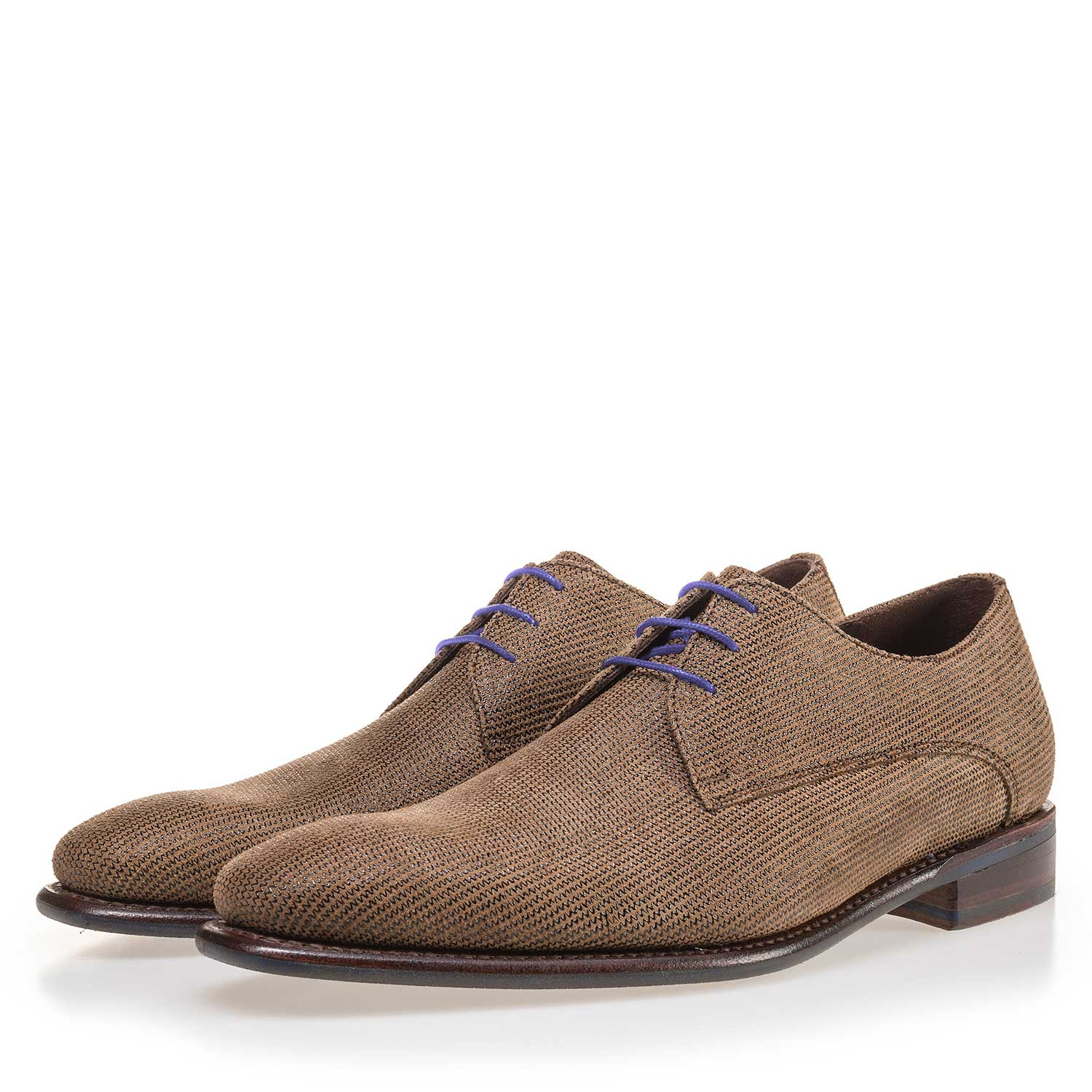 14859/00 - Brown lace shoe made of suede leather