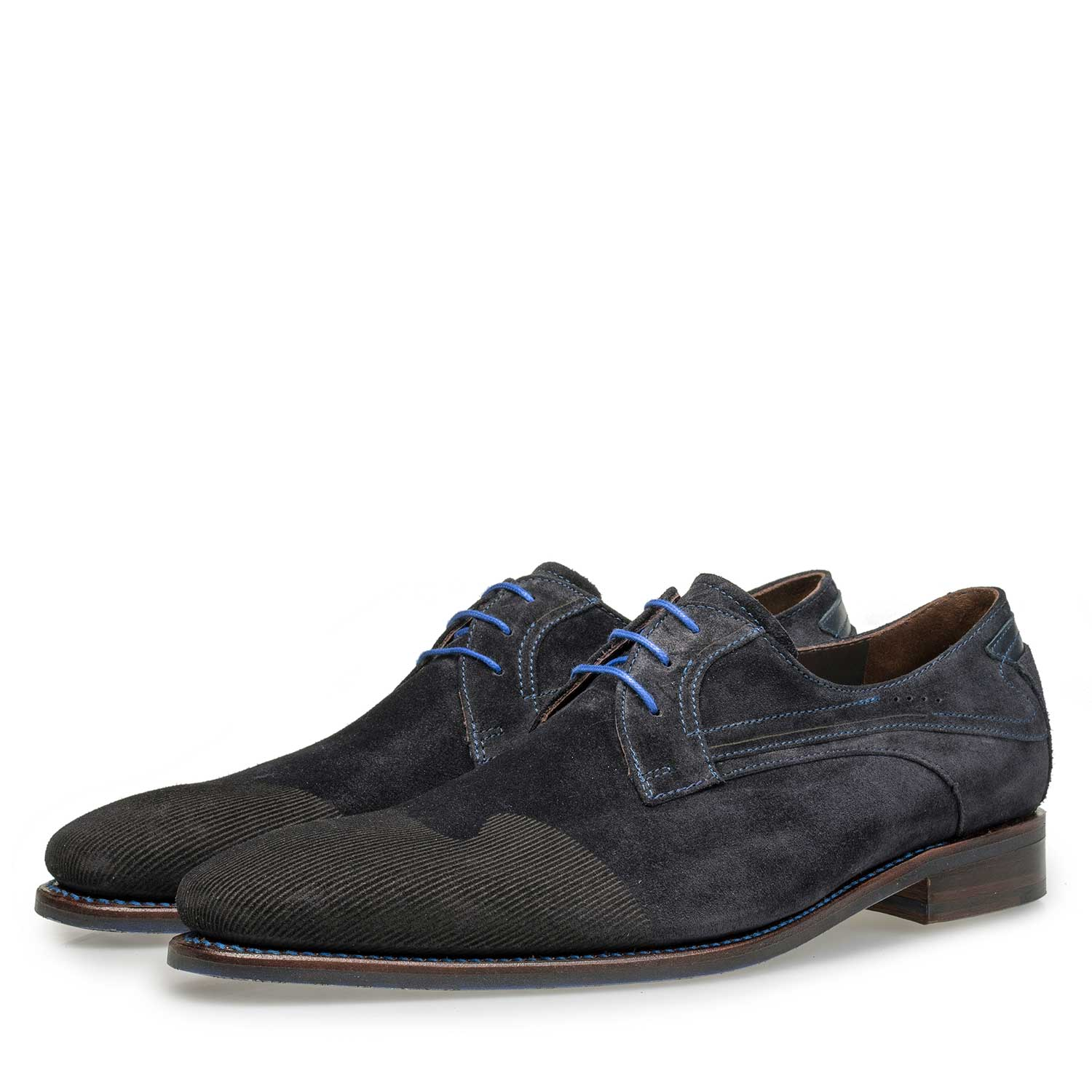 18073/04 - Dark blue printed suede leather lace shoe