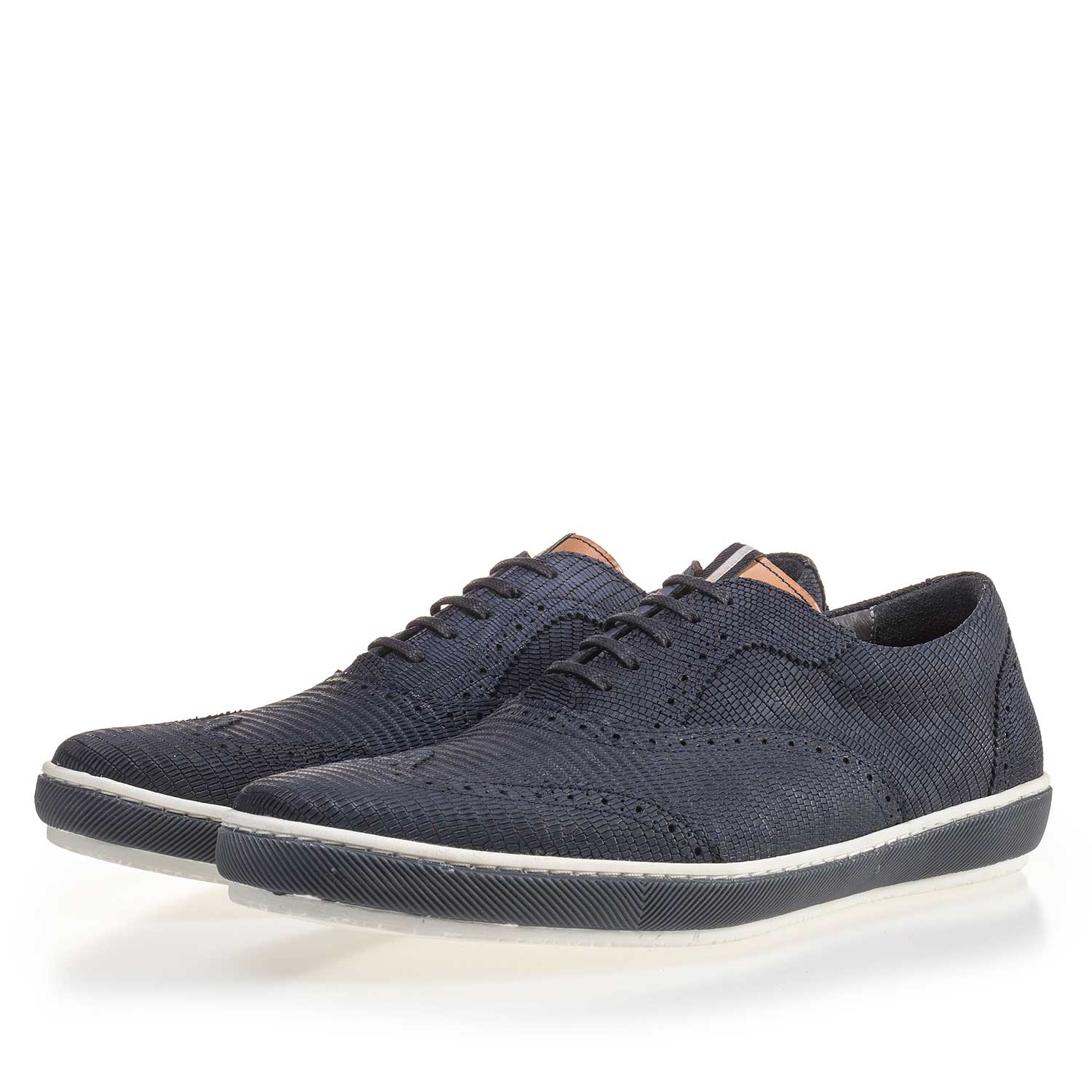 19036/34 - Blue brogue nubuck leather sneaker