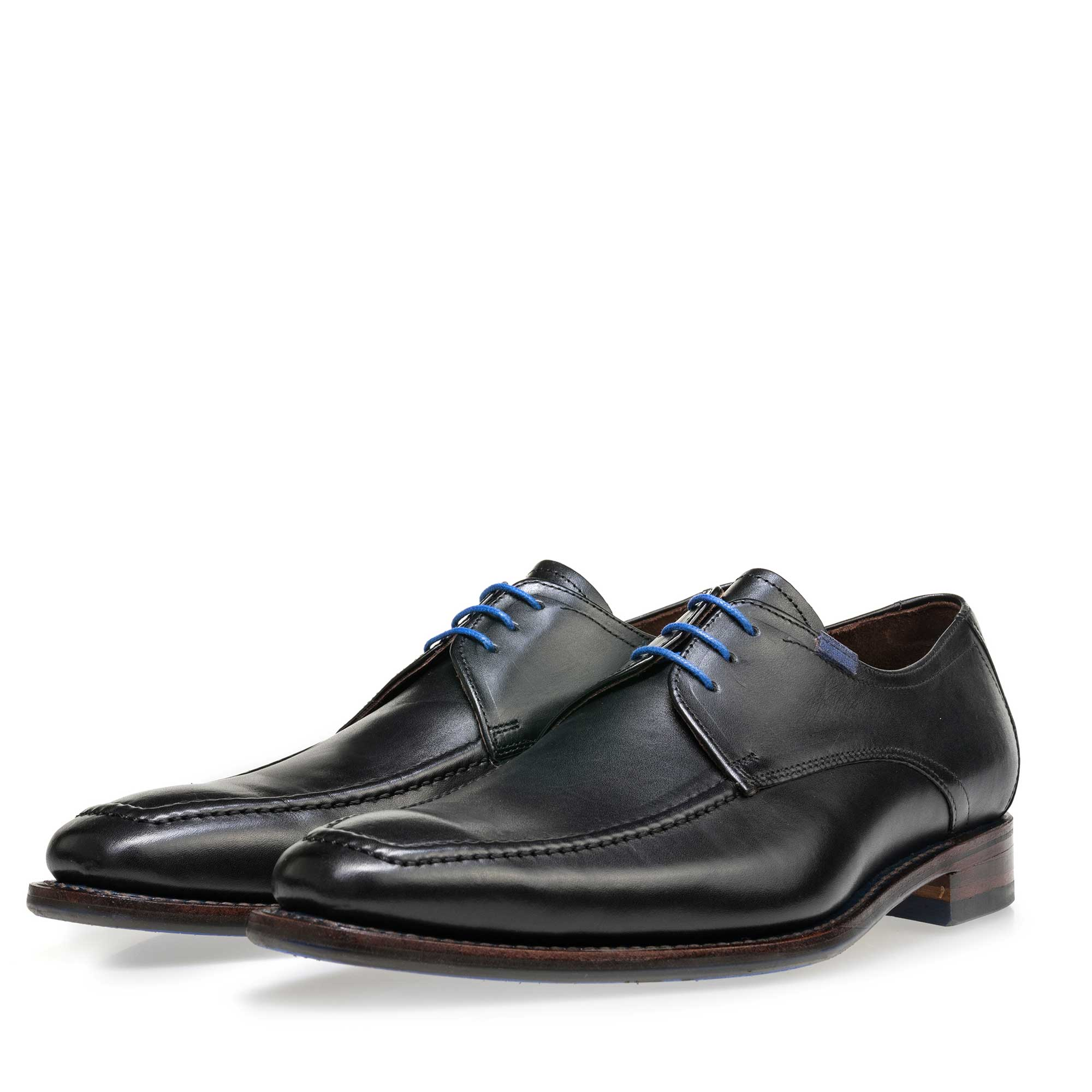 13370/01 - Floris van Bommel black leather men's lace-up shoe