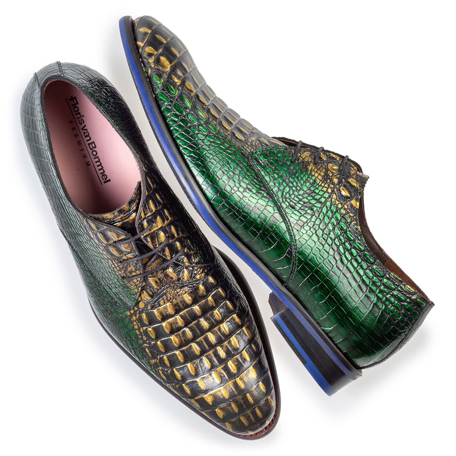 18167/06 - Lace shoe green croco leather