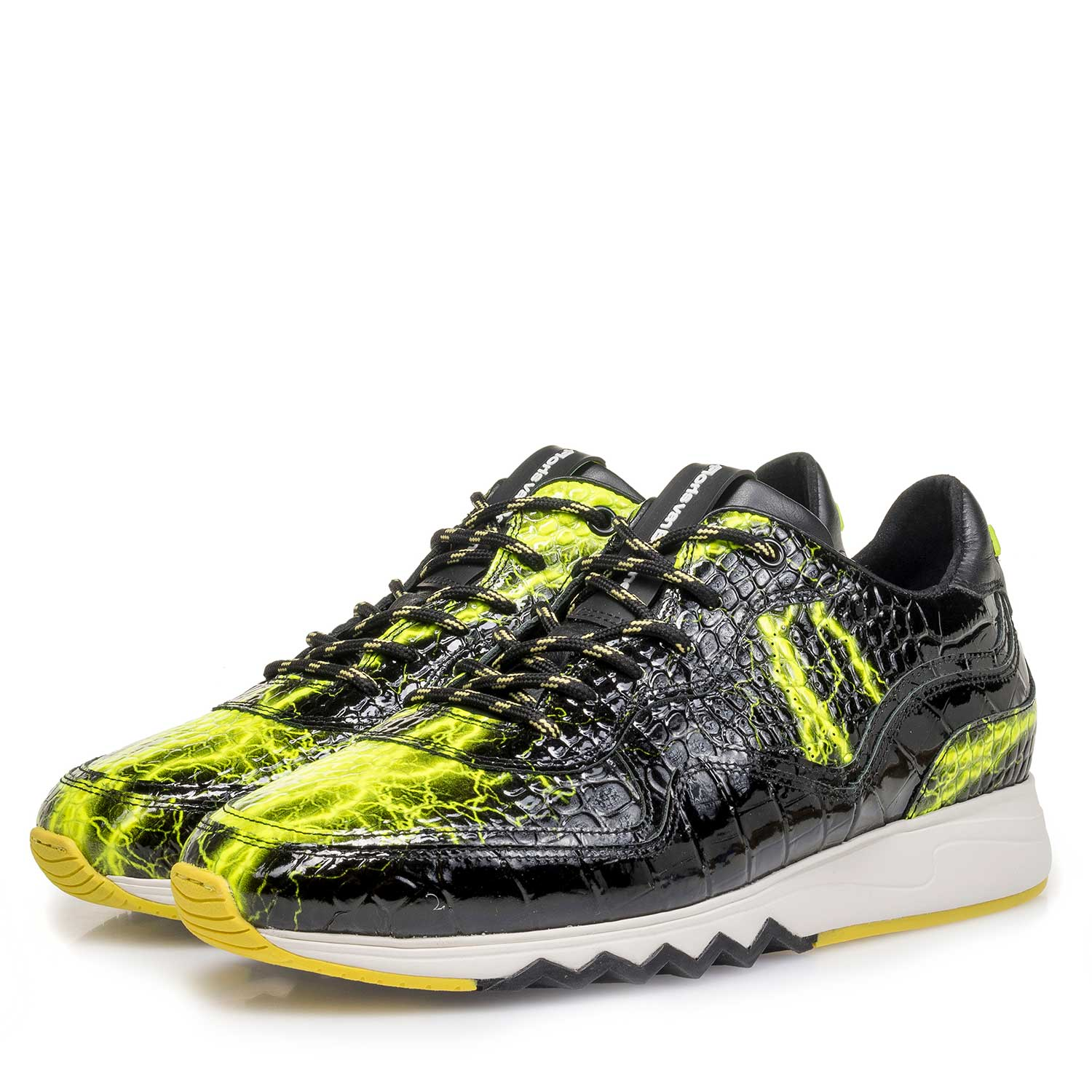 16296/01 - Black patent leather sneaker with yellow print