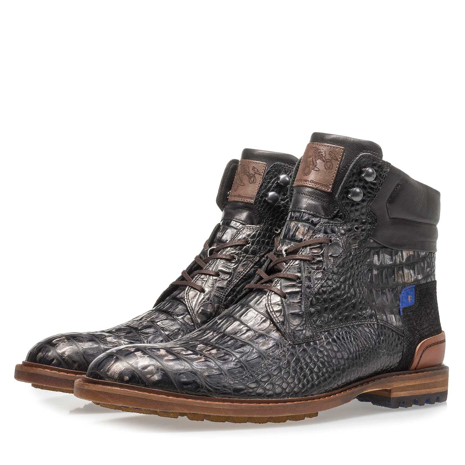 10234/17 - Black leather lace boot with croco print