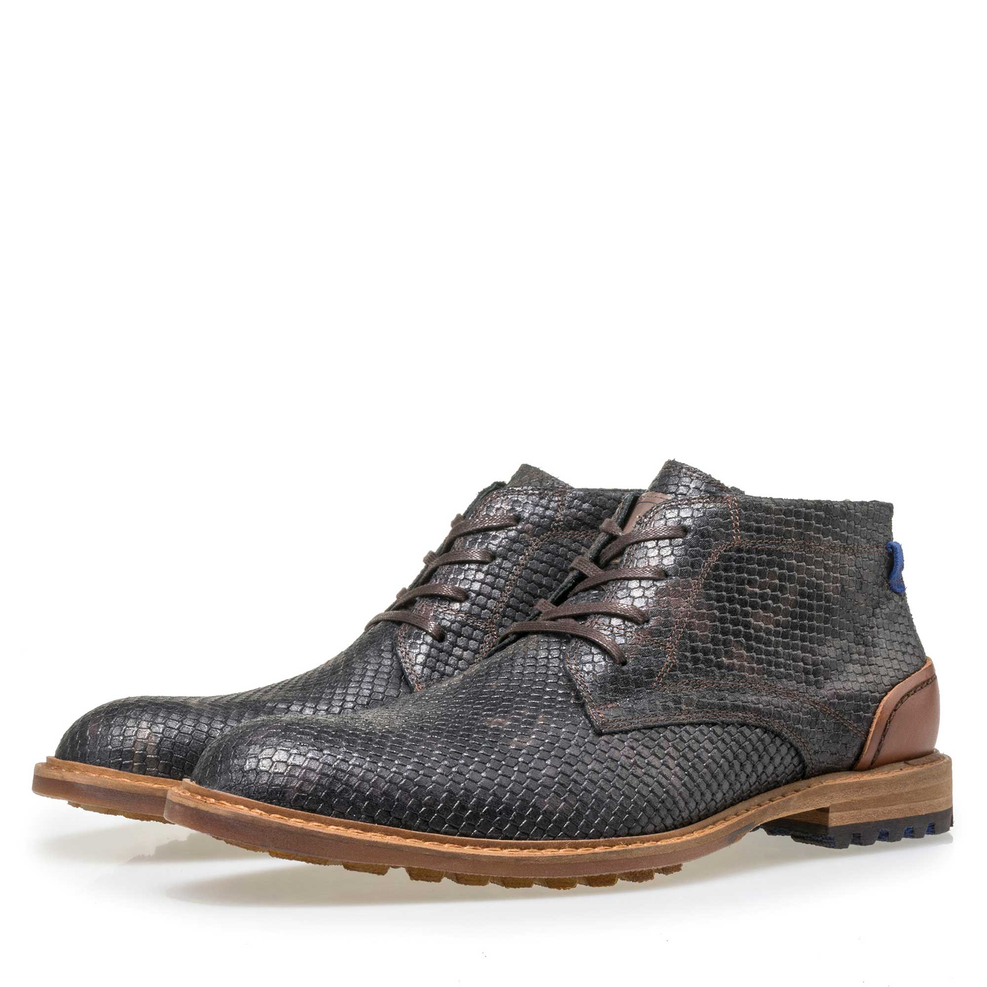 10786/23 - Floris van Bommel men's black leather lace boot finished with a snake print