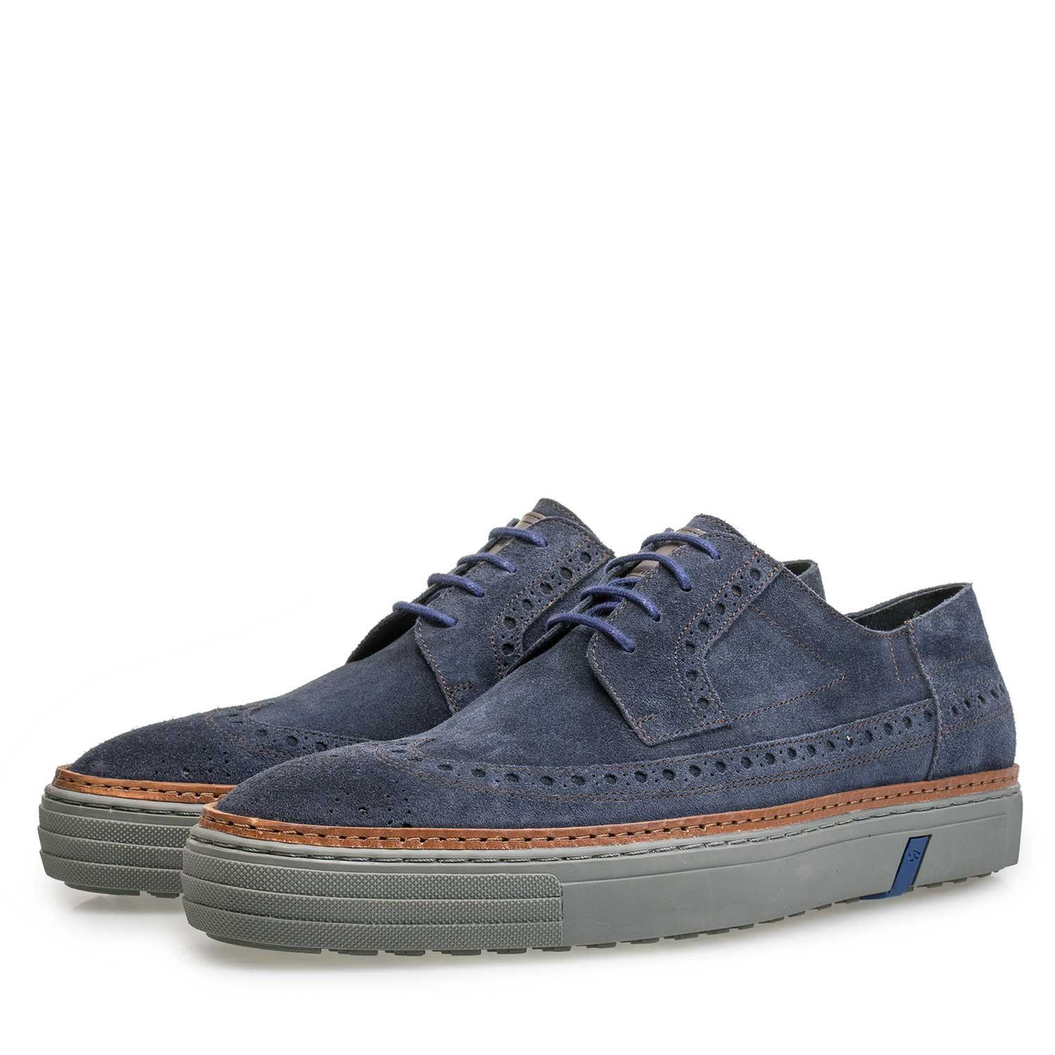 17092/01 - Blue suede sneaker with brogue details