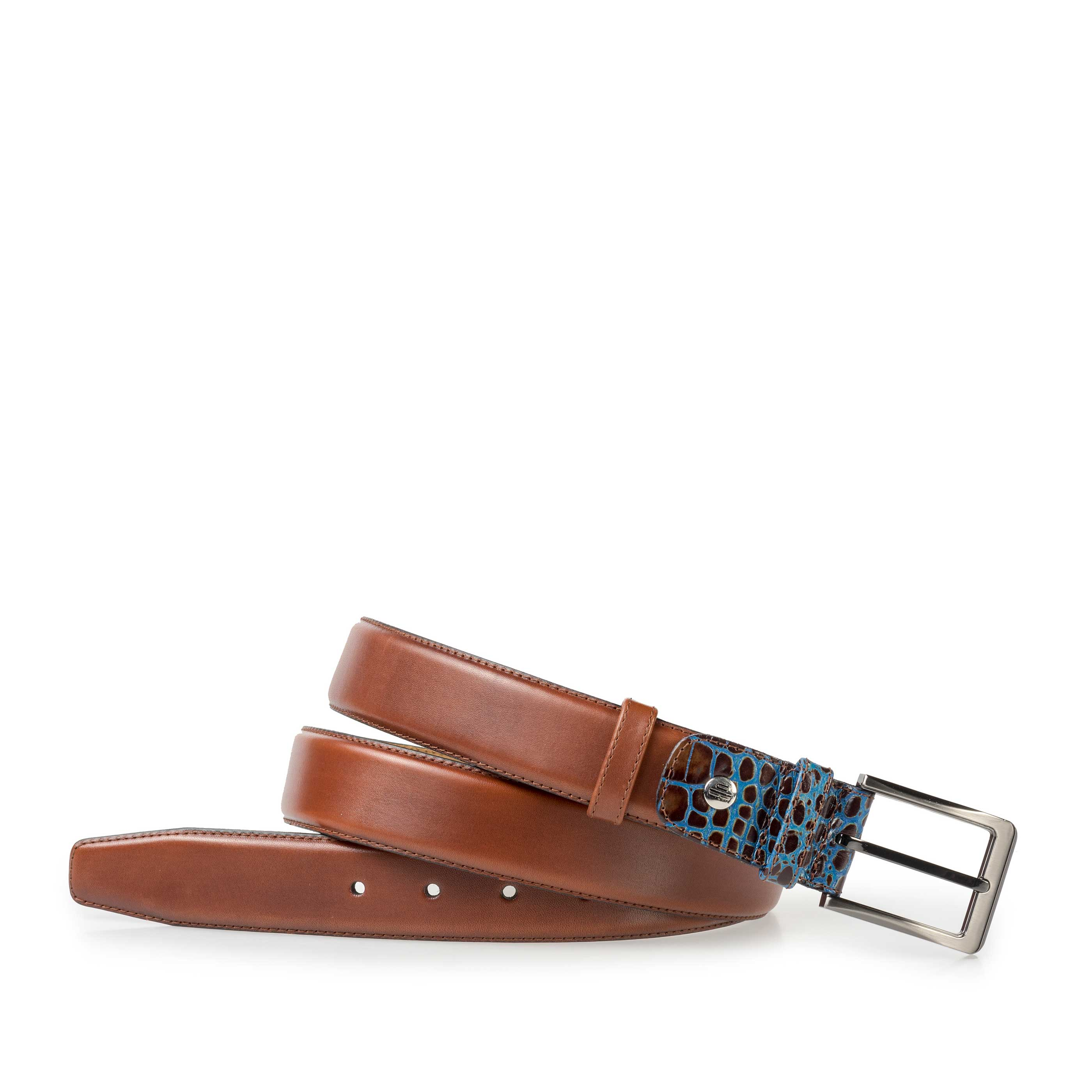 75055/02 - Medium brown leather belt