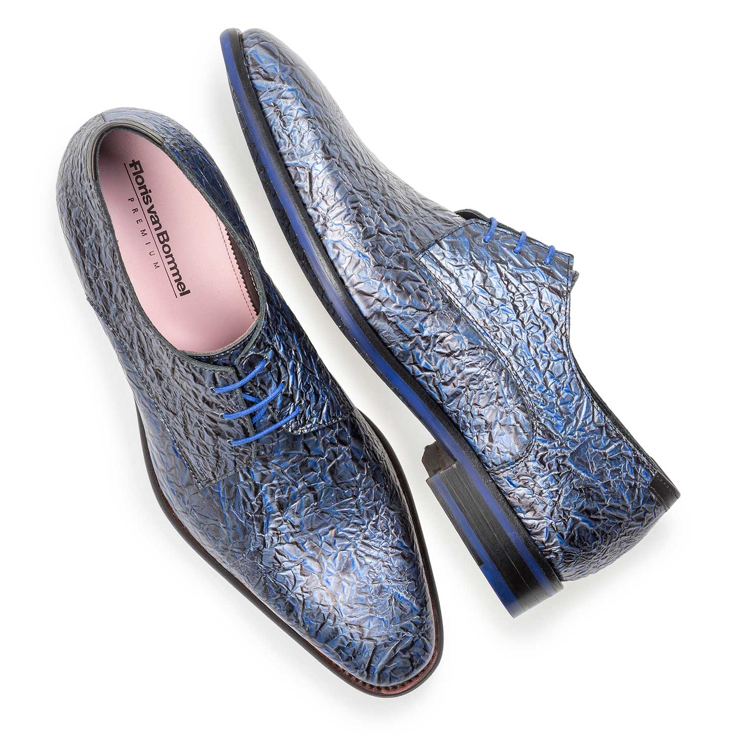 18097/05 - Premium dark blue printed patent leather lace shoe