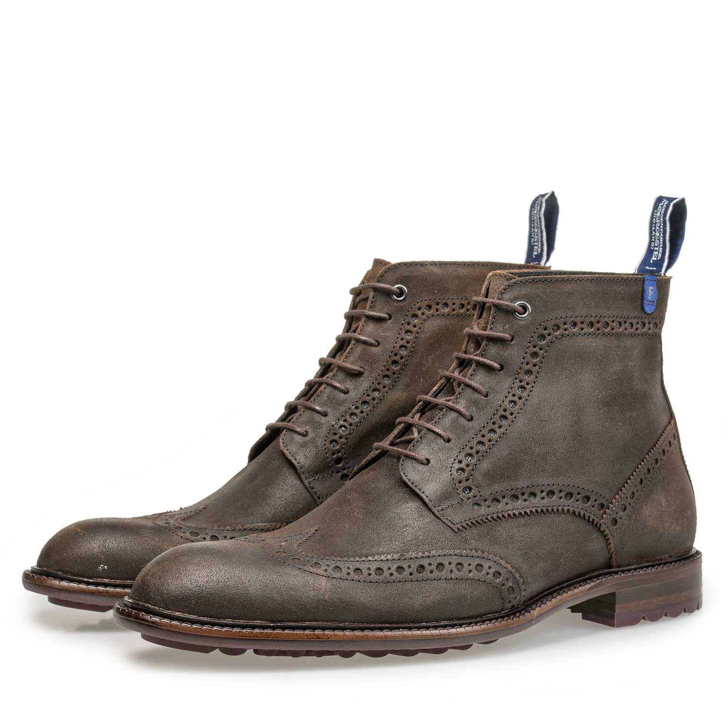 10506/05 - Brown suede leather brogue lace boot
