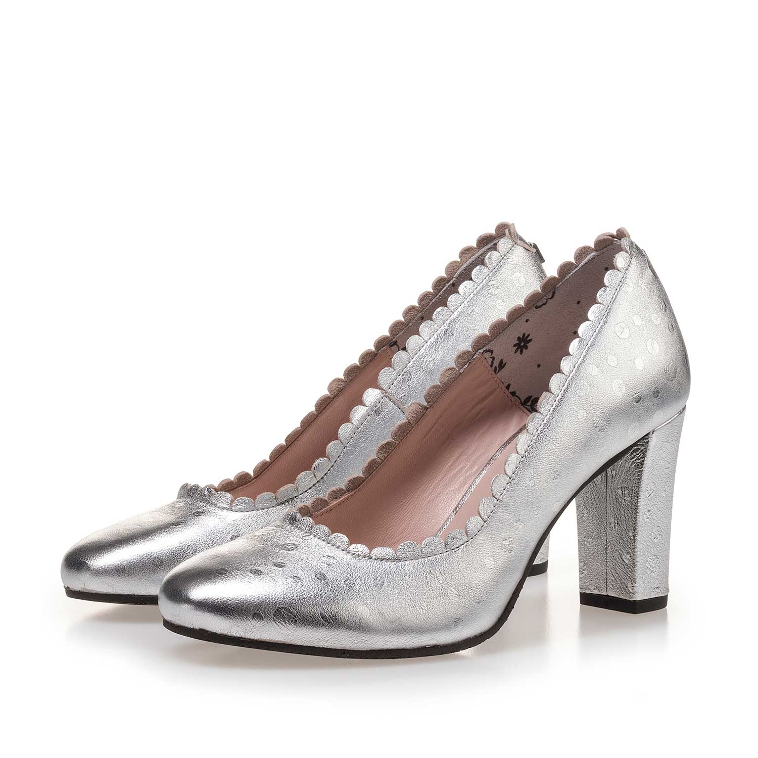 85249/02 - Silver-coloured patterned leather pumps