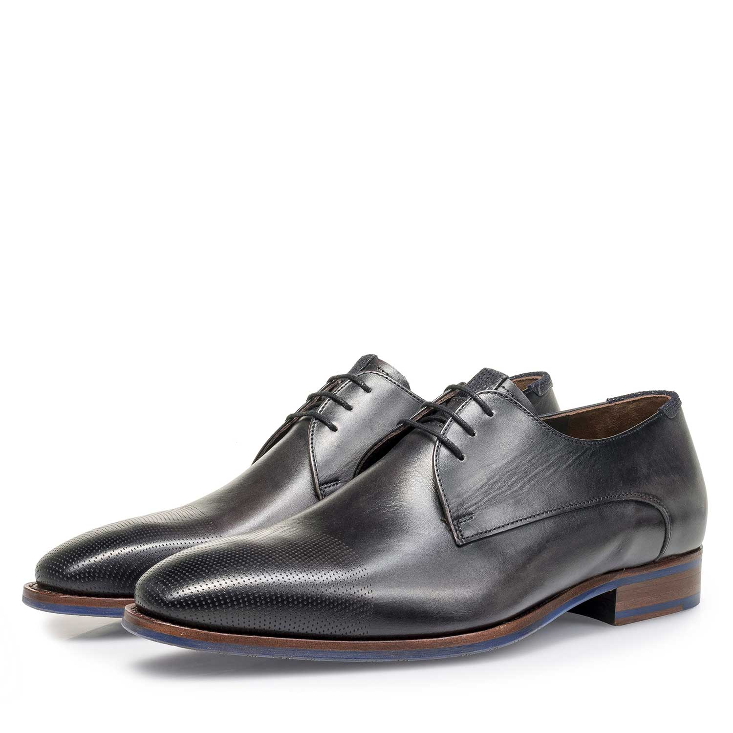 18088/02 - Grey calf leather lace shoe