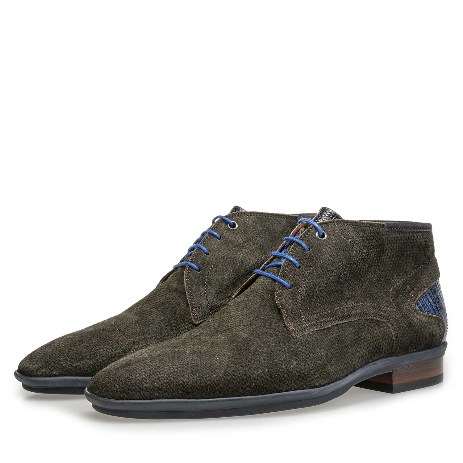 10131/05 - Mid-high green suede leather lace shoe