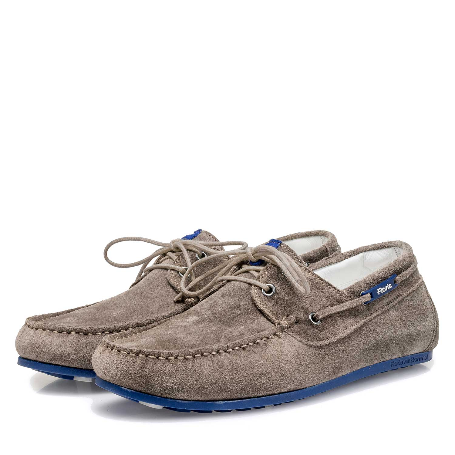 15035/07 - Taupe-coloured slightly buffed suede leather sailing shoe