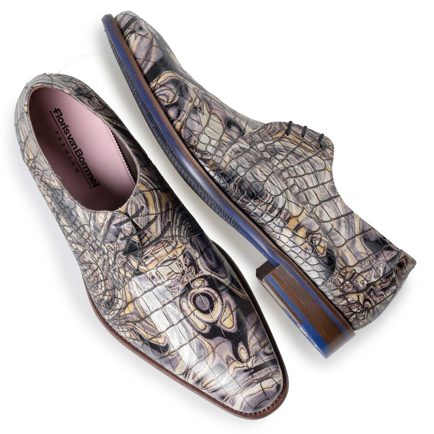 14267/04 - Grey Premium calf's leather lace shoe with croco print