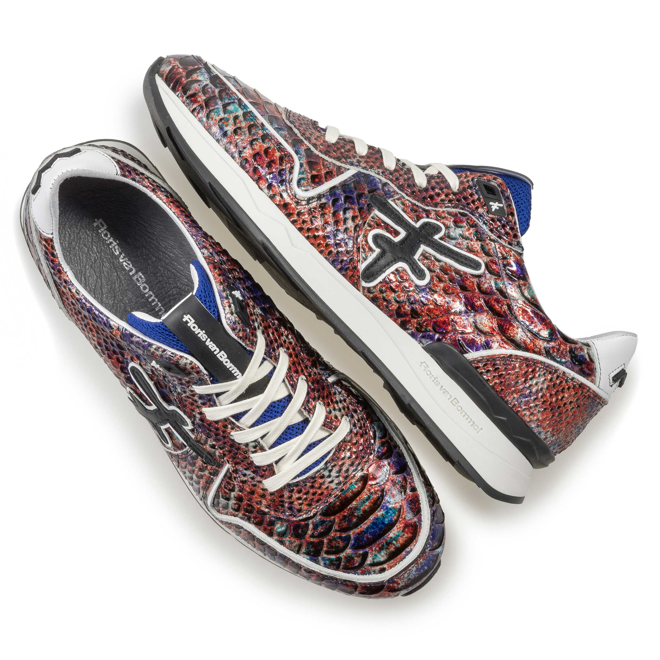 16246/12 - Red patent leather snake print sneaker