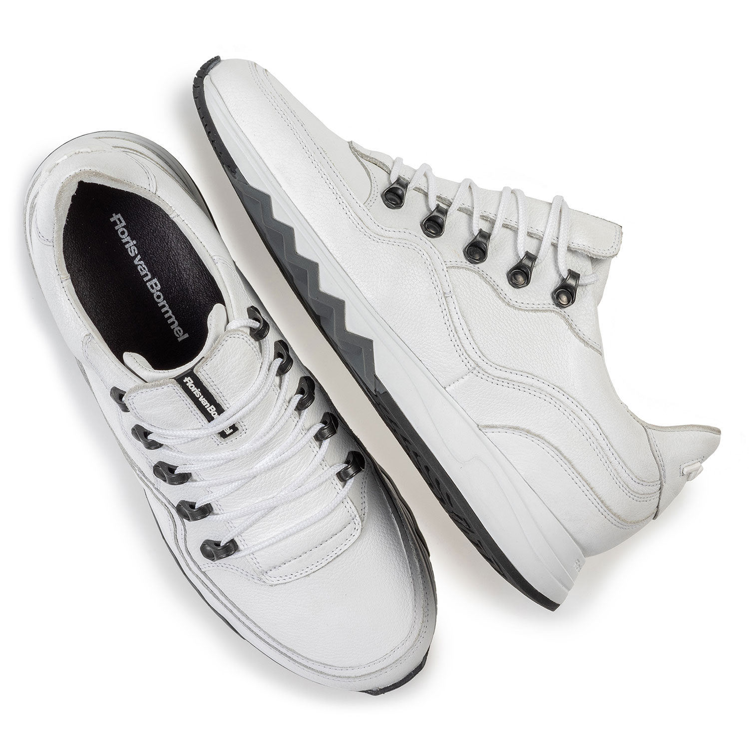 16393/14 - Sneaker with structured pattern white