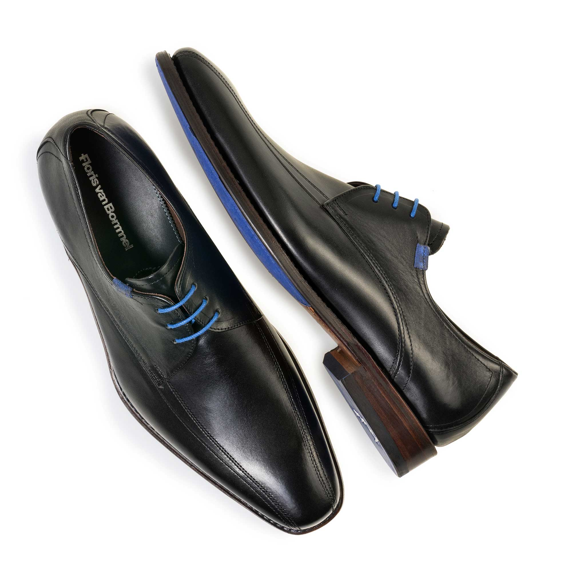 14470/01 - Black calf's leather lace shoe