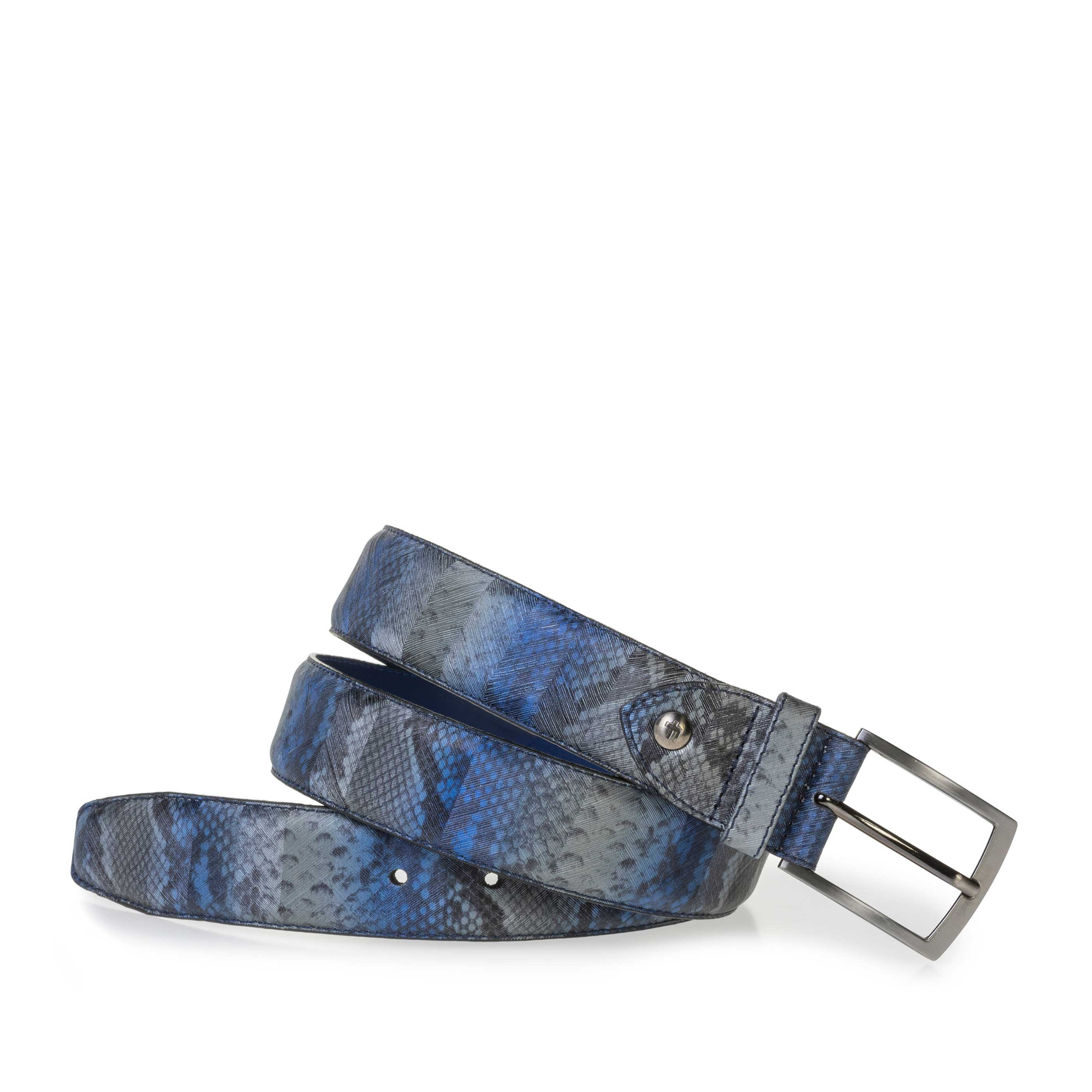 75201/88 - Blue belt with a snake print